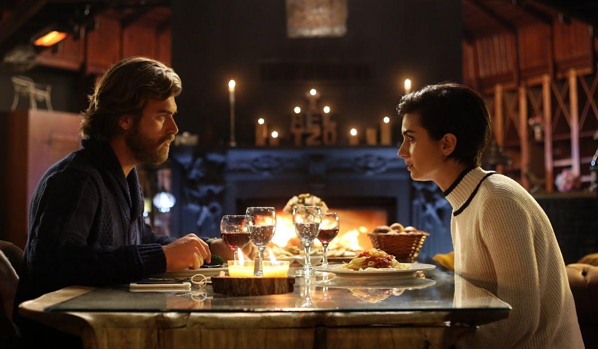 Brave and Beautiful: Suhan (Tuba Büyüküstün) e Cesur (Kıvanç Tatlıtuğ) decidono di sposarsi. Credits: Mediaset
