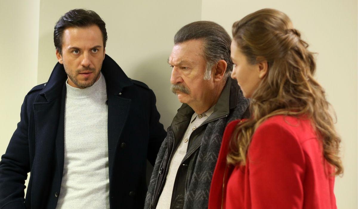 Brave and Beautiful (da sinistra): Bulent (Serkan Altunorak), Tahsin (Tamer Levent) e Adalet (Nihan Büyükagaç). Credits: Mediaset