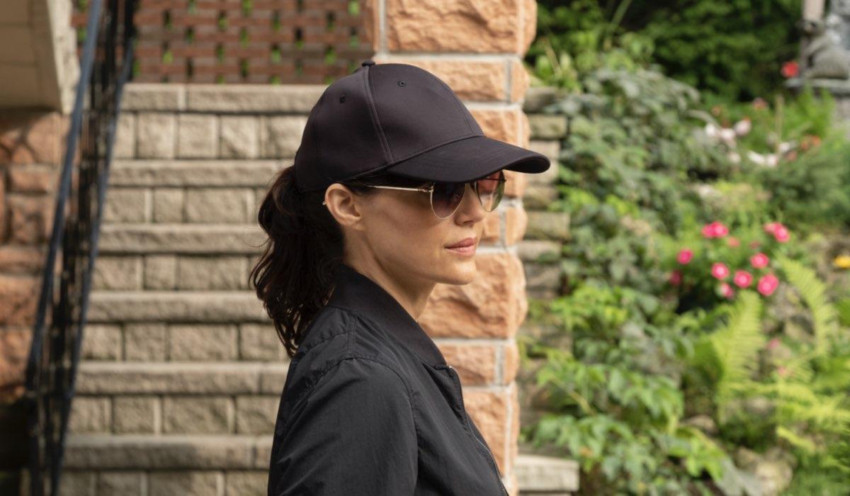 Carla Gugino interpreta Jett in