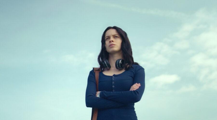 """Ana Valeria Becerril nei panni di Sofía in una scena della seconda stagione di """"Control Z"""". Credits: Netflix."""