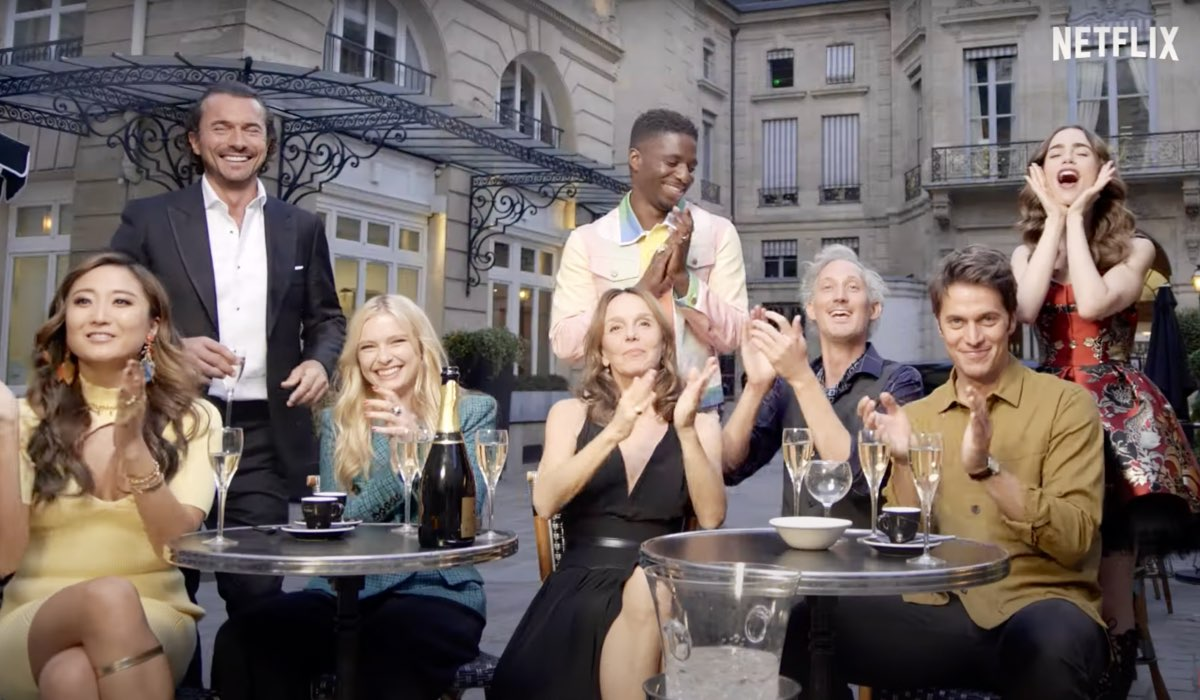emily in paris cast tudum evento netflix fotogramma dal trailer credits netflix