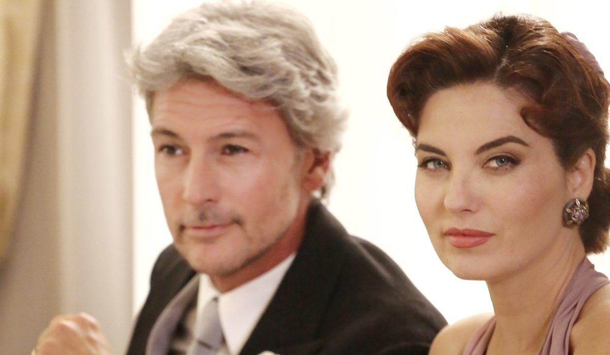 Roberto Farnesi (Umberto Guarnieri) e Vanessa Gravina (Adelaide Di Sant'Erasmo), qui in un posato per