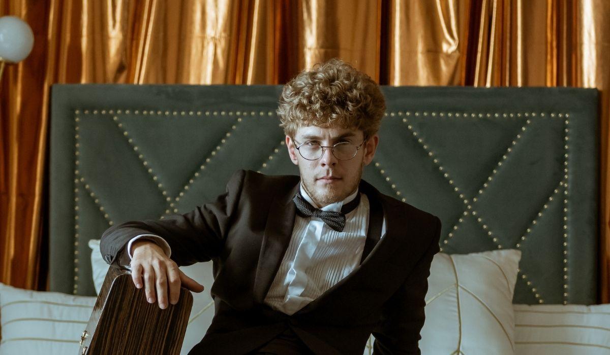 Patrick Criado Interpreta Rafel Ne La Casa Di Carta 5 Credits: Netflix