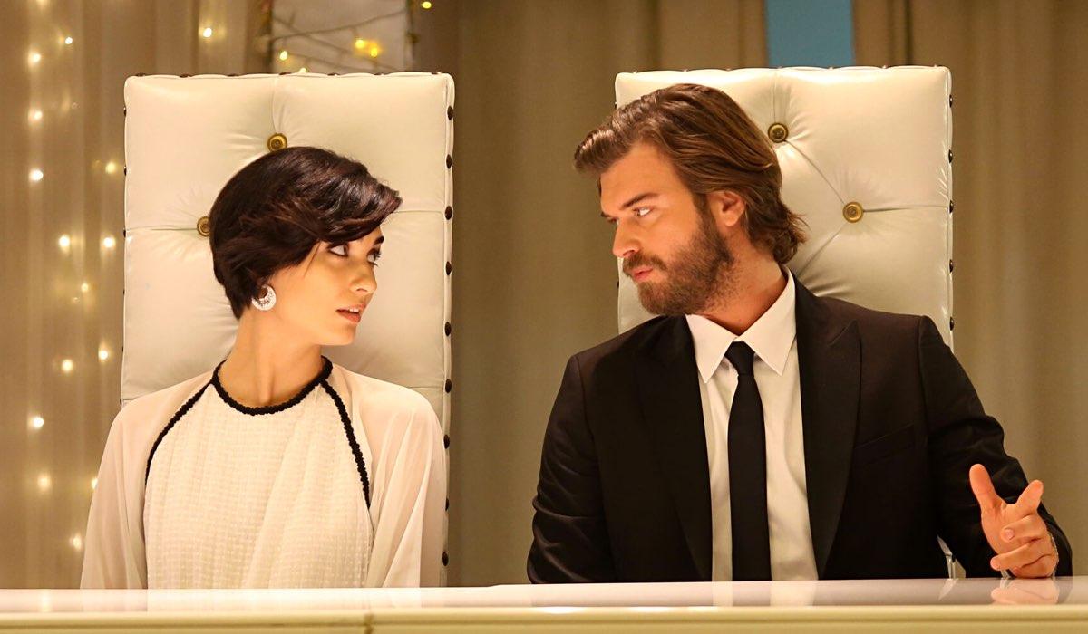 Suhan e Cesur In Una Scena Di Brave And Beautiful Credits: Mediaset