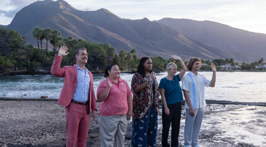 Da sinistra: Murray Bartlett, Jolene Purdy, Natasha Rothwell e Lukas Gage nel primo episodio della serie. Credits: Sky Italia.