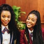 Da sinistra: Khosi Ngema e Ama Qamata. Credits: Tegan Smith/Netflix.