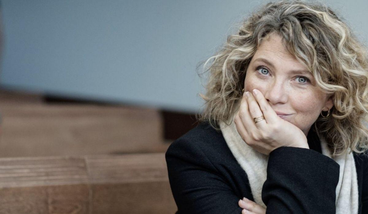 Cecile Bois in una scena di Gloria. Credits: Mediaset