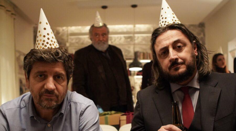 Fabio De Luigi (Giovanni), Alessandro Betti (Antonio) e Diego Abatantuono (Renato) In