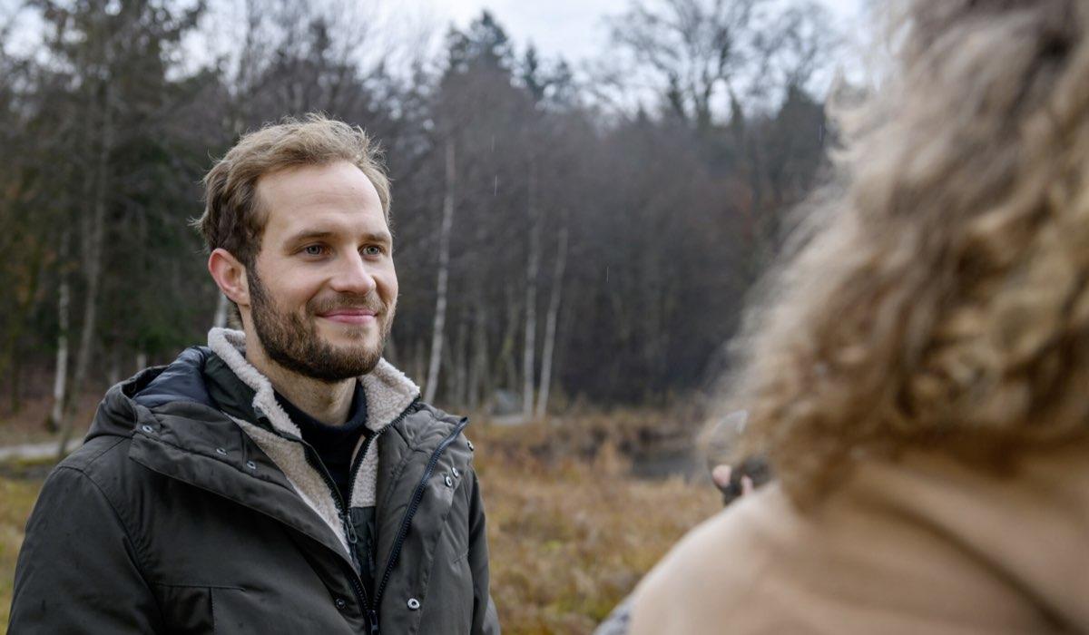 Florian parla con Maja In Tempesta D Amore Credits: Mediaset