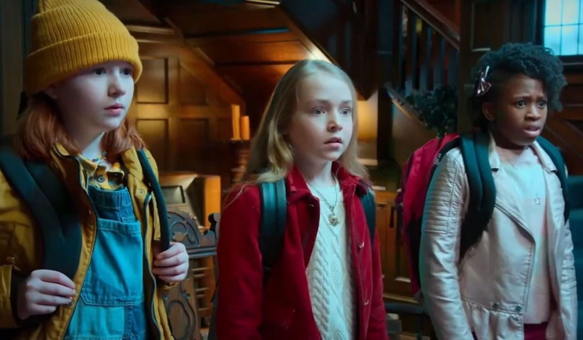Gatte per Magia (da sinistra): Lucy (Daphne Hoskins), Willa (Sophia Reid-Gantzert) e Scout (Ava Augustin). Credits: Netflix