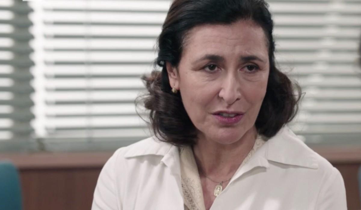 Antonella Attili (Agnese Amato) in una scena dell'episodio 158 de
