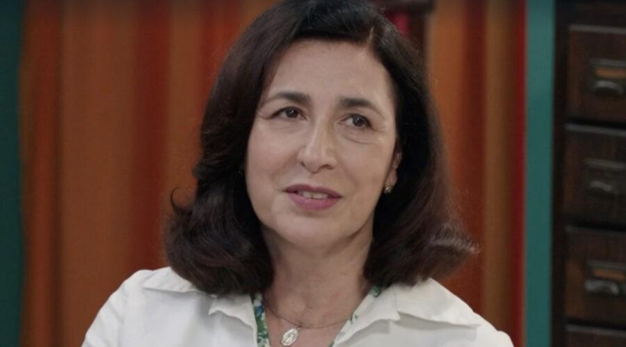 Antonella Attili (Agnese Amato) in una scena della puntata 1 de
