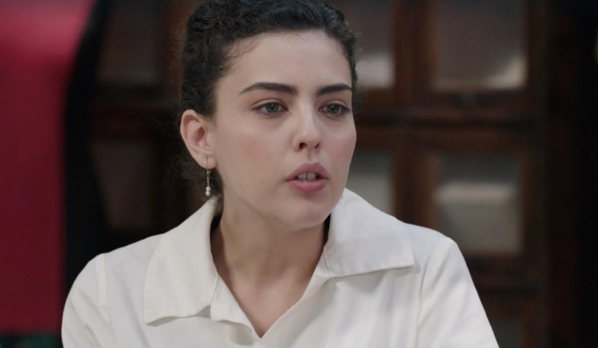 Chiara Russo (Maria Puglisi) in una scena della puntata 1 de
