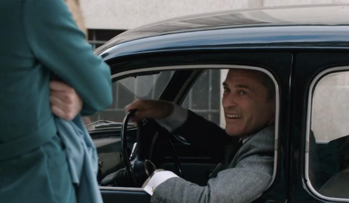 Massimo Poggio (Ezio Colombo) in una scena della puntata 12 de