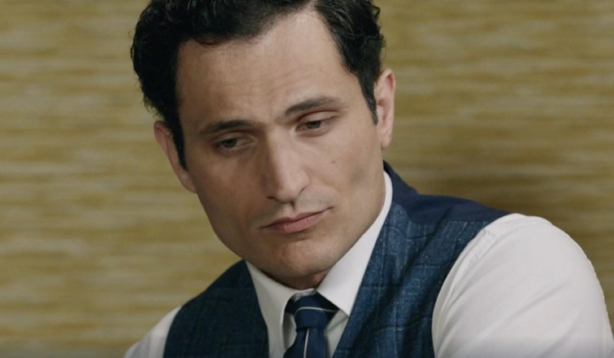 Alessandro Tersigni (Vittorio Conti)  in una scena della puntata 4 de