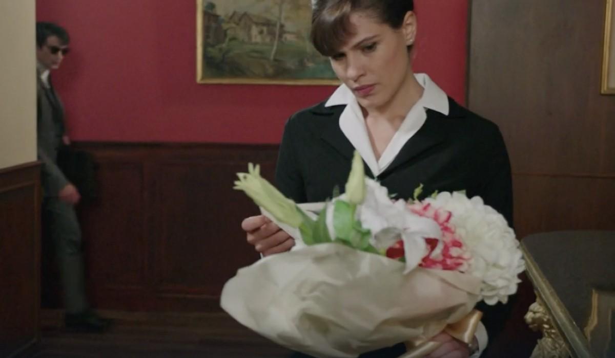 Giulia Vecchio (Anna Imbriani) in una scena della puntata 14 de