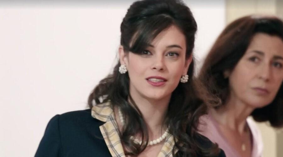 Neva Leoni (Tina Amato) in una scena della puntata 3 de
