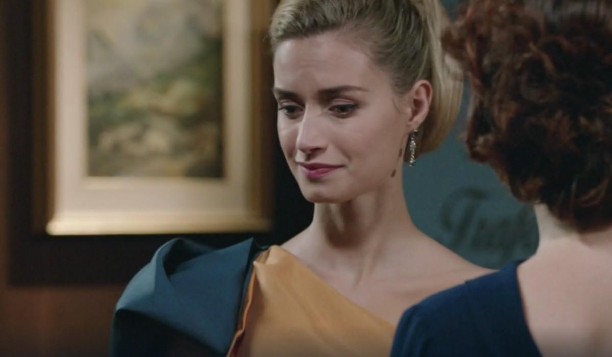 Giulia Arena (Ludovica Brancia di Montalto) in una scena della puntata 5 de