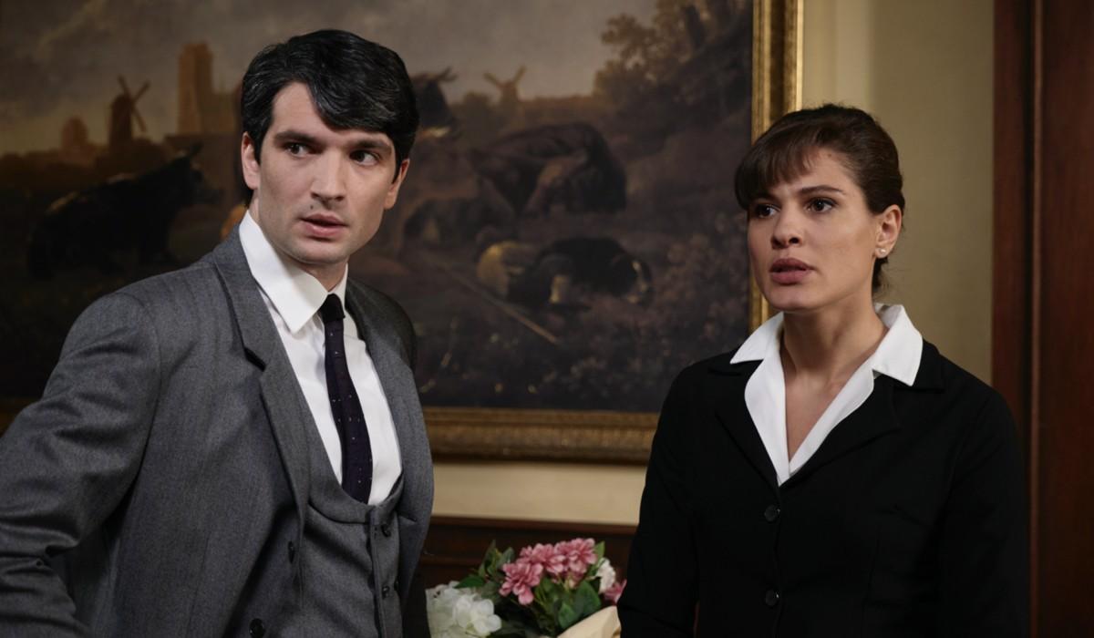 Da sinistra: Filippo Scarafia (Roberto Landi) e Giulia Vecchio (Anna Imbriani) in una scena de
