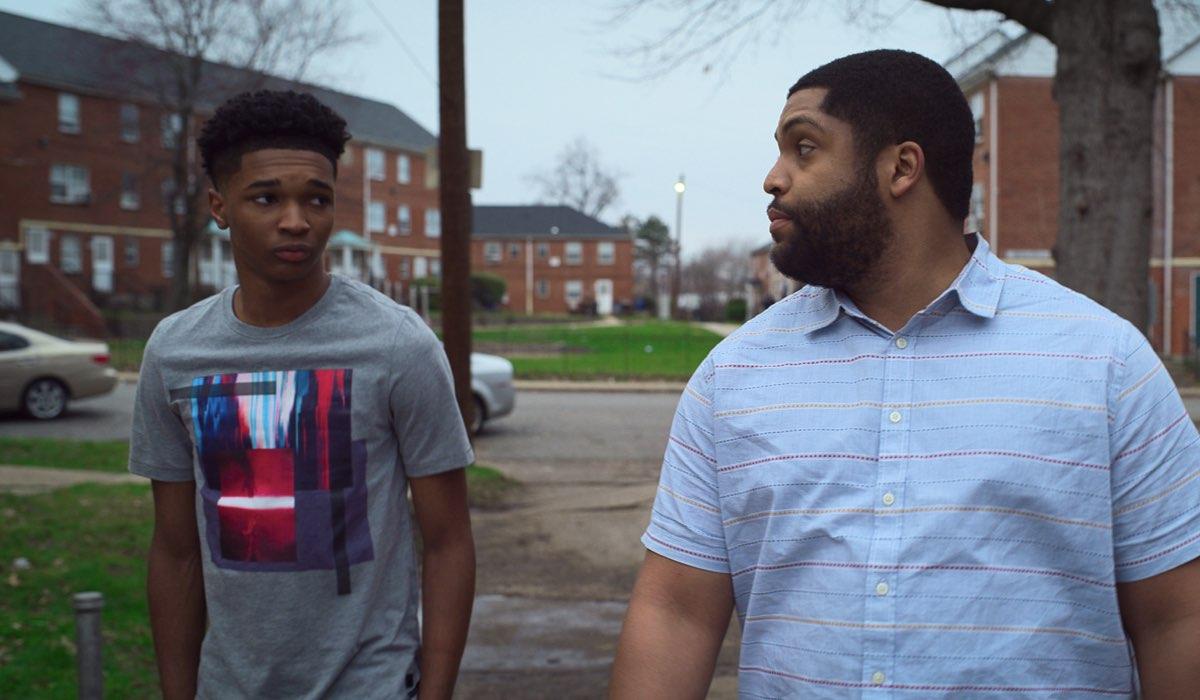 Isaiah Hill (Jace) e O'Shea Jackson (Ike) Jr. In