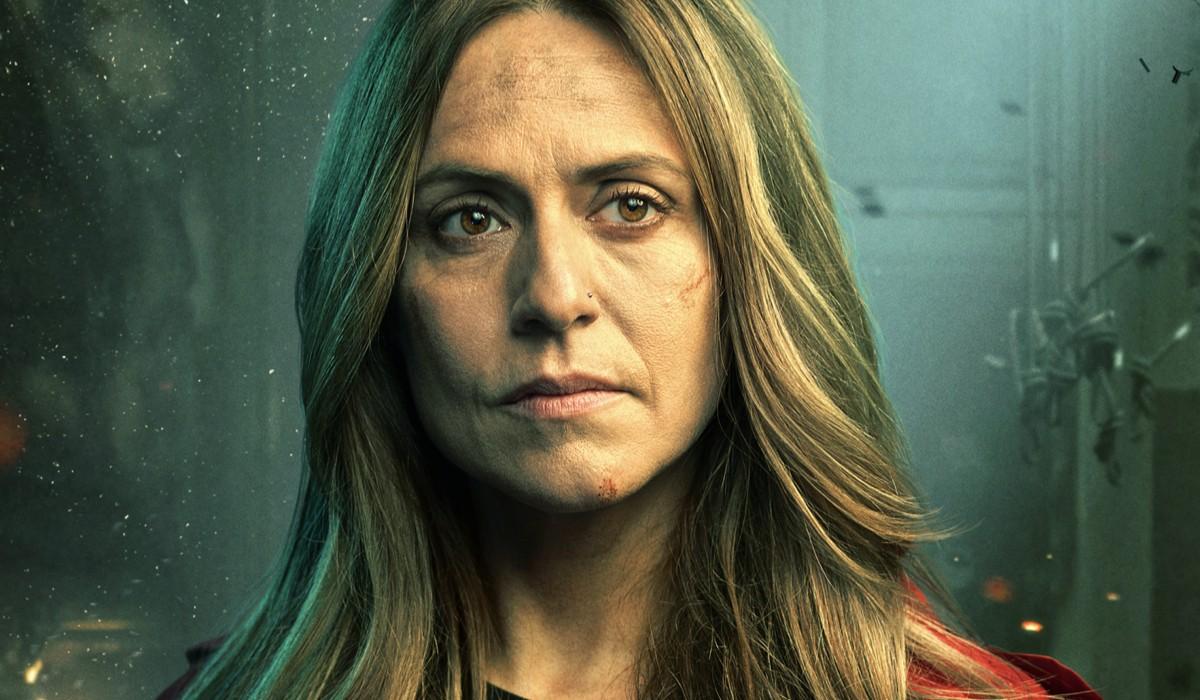 Itziar Ituño (Lisbona) nel poster del personaggio de La casa di carta 5 stagione. Credits: Netflix