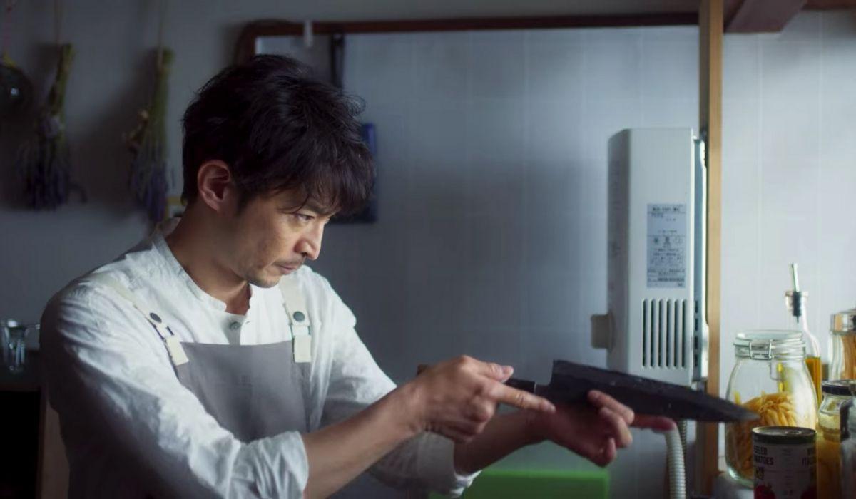 Kenjiro Tsuda Nel Primo Episodio De L'ingegno Dello Yakunza Casalingo Credits: Netflix