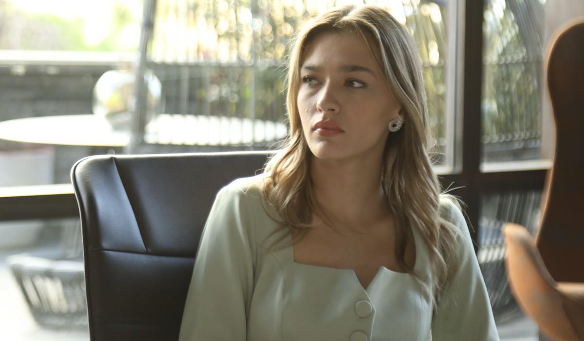 Love Is In The Air: Ceren Başar interpretata da Melisa Döngel. Credits: Mediaset