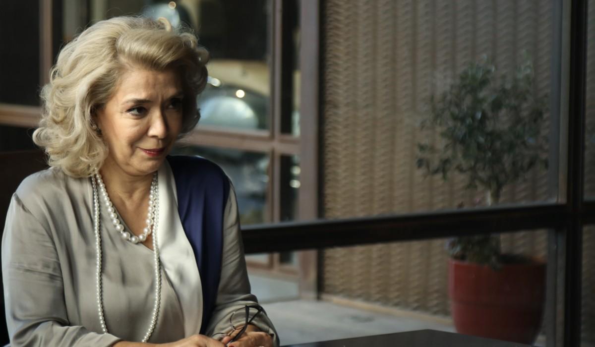 Love Is In The Air: Semiha Yıldırım interpretata da Ayşegül İşsever. Credits Mediaset