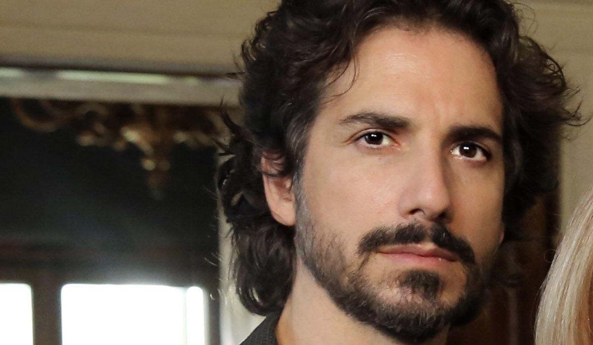 Luca Bastianello Interpreta Roberto In
