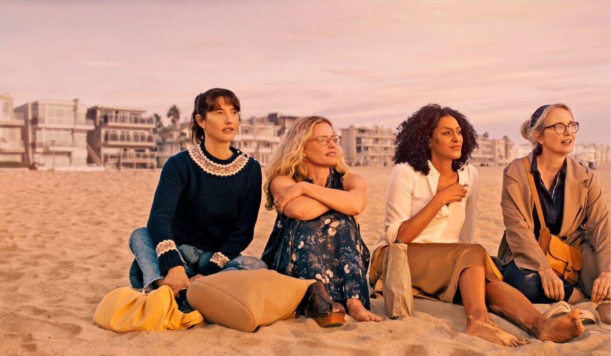 On The Verge (da sinistra): Alexia Landeau, Elisabeth Shue, Sarah Jones, Julie Delpy. Credits: Netflix