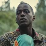 "Eric (Ncuti Gatwa) in una scena di ""Sex Education"". Credits: Sam Taylor/Netflix."