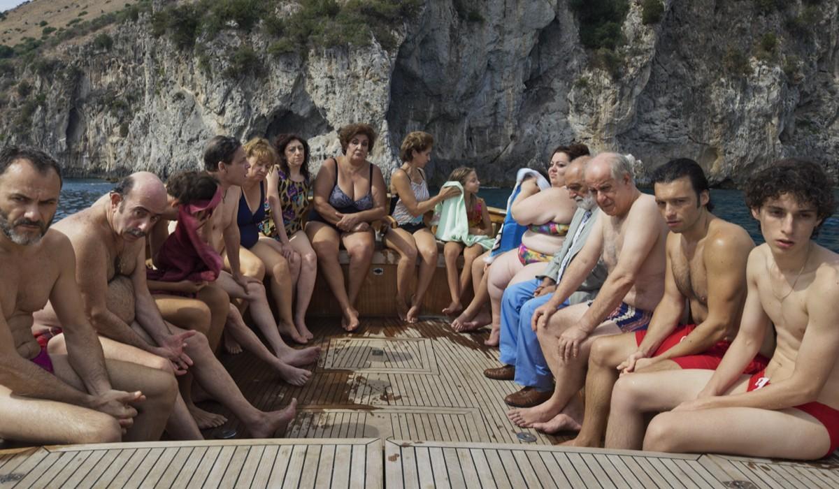 """Una Foto Dal Set Del Film di Paolo Sorrentino""""È stata la mano di Dio"""", Credits: Netflix"""
