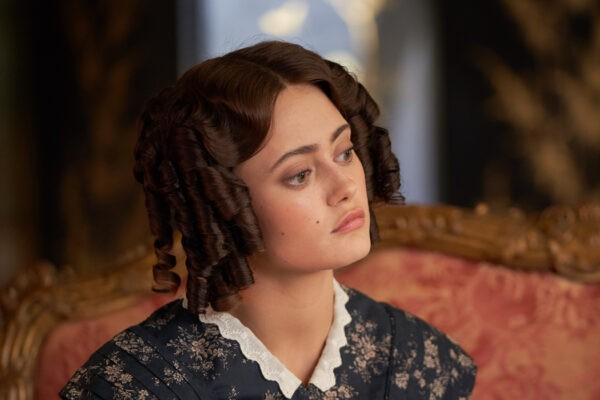 Ella Purnell (Lady Maria Grey) In Belgravia serie tv Credits: Sky Italia