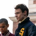 Jordan Alexander e Thomas Doherty nel reboot di Gossip Girl. Credits: Sky/HBO Max.