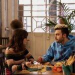 Claudia Gusmano e Lorenzo Adorni nella serie TV Guida astrologica per cuori infranti. Credits: Netflix.