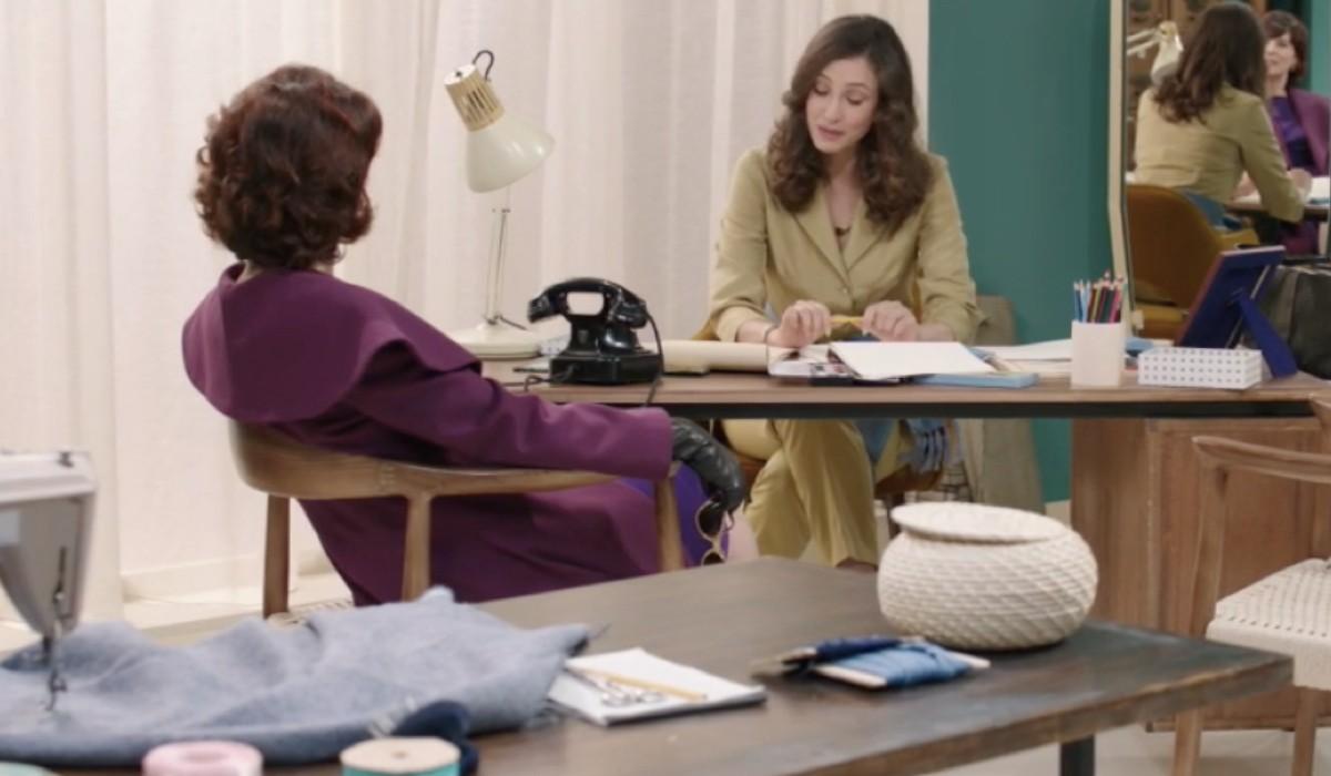 Vanessa Gravina (Adelaide Di Sant'Erasmo) e Flora Gentile Ravasi (Lucrezia Massari) in una scena della puntata 16 de
