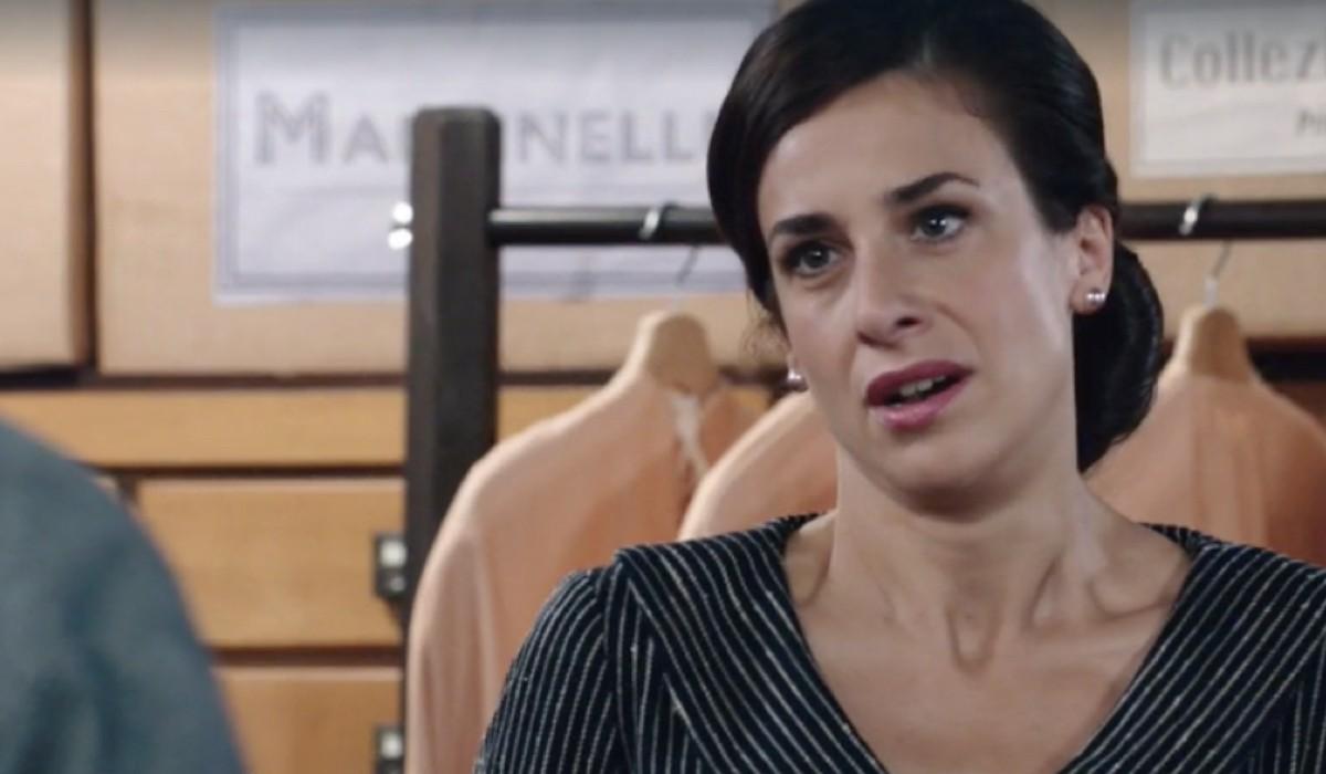 Lara Komar (Gloria Moreau) in una scena della puntata 16 de