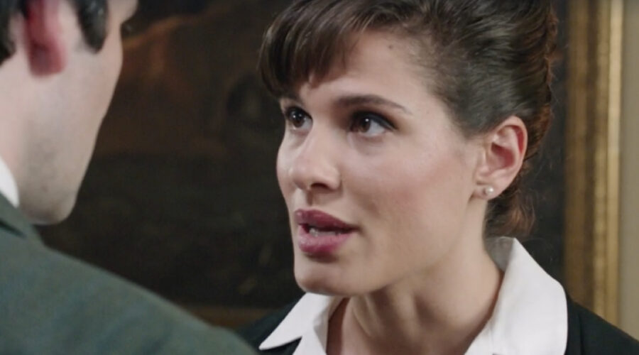 Giulia Vecchio (Anna Imbriani) in una scena della puntata 18 de