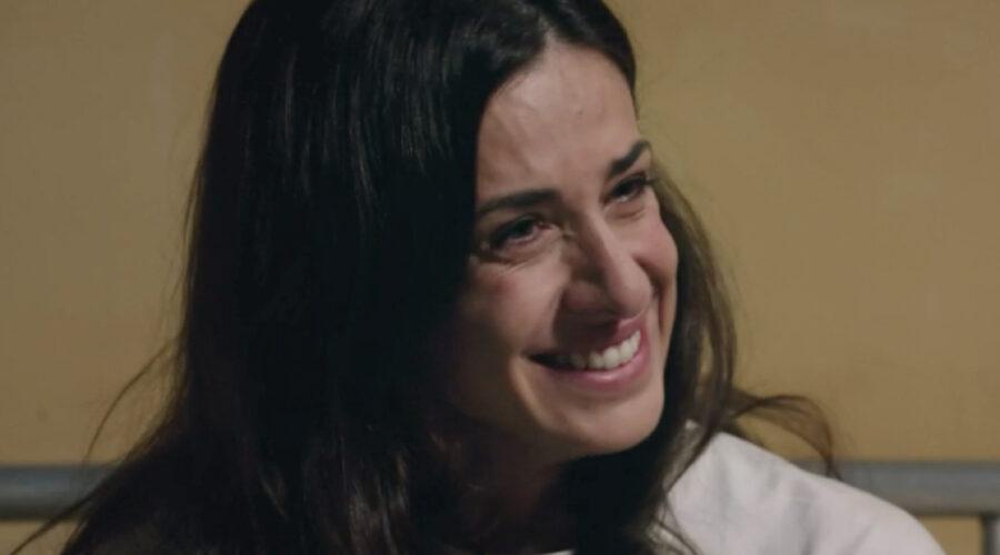 Lara Komar (Gloria Moreau) in una scena della puntata 30 de