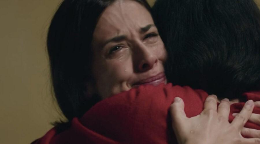 Gloria Moreau (Lara Komar) e Grace Ambrose (Stefania Colombo) in una scena della puntata 30 de
