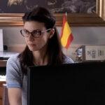 Barbara Ronchi (Diana De Santis) in una scena della seconda stagione di