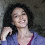 Nicole Grimaudo (Gabriella) in un posato per