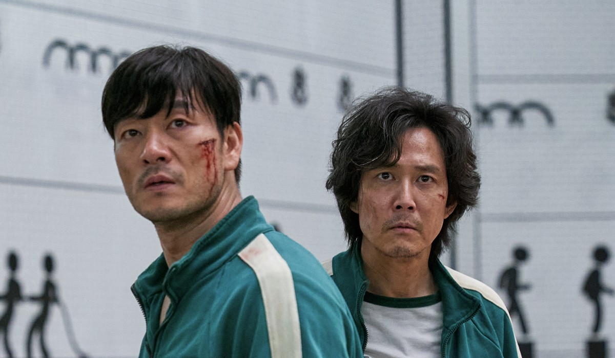"Da sinistra: Cho Sang-woo (Park Hae-soo) e Seong Gi-hun (Lee Jung-jae) in una scena di ""Squid Game"". Credits: Youngkyu Park/Netflix."